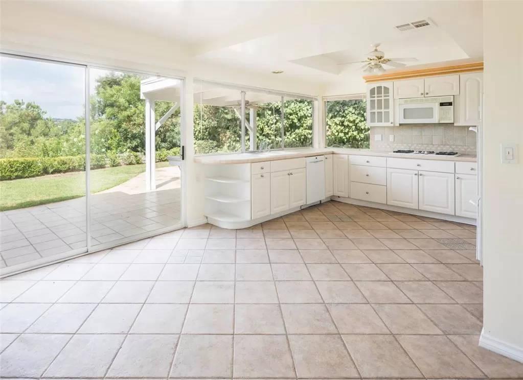 kitchen 1 - 4133 Pulido Ct Calabasas, CA 91302