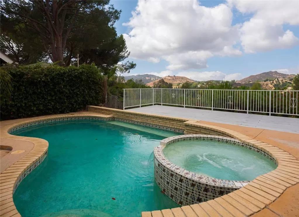 pool-area 2 - 4133 Pulido Ct Calabasas, CA 91302