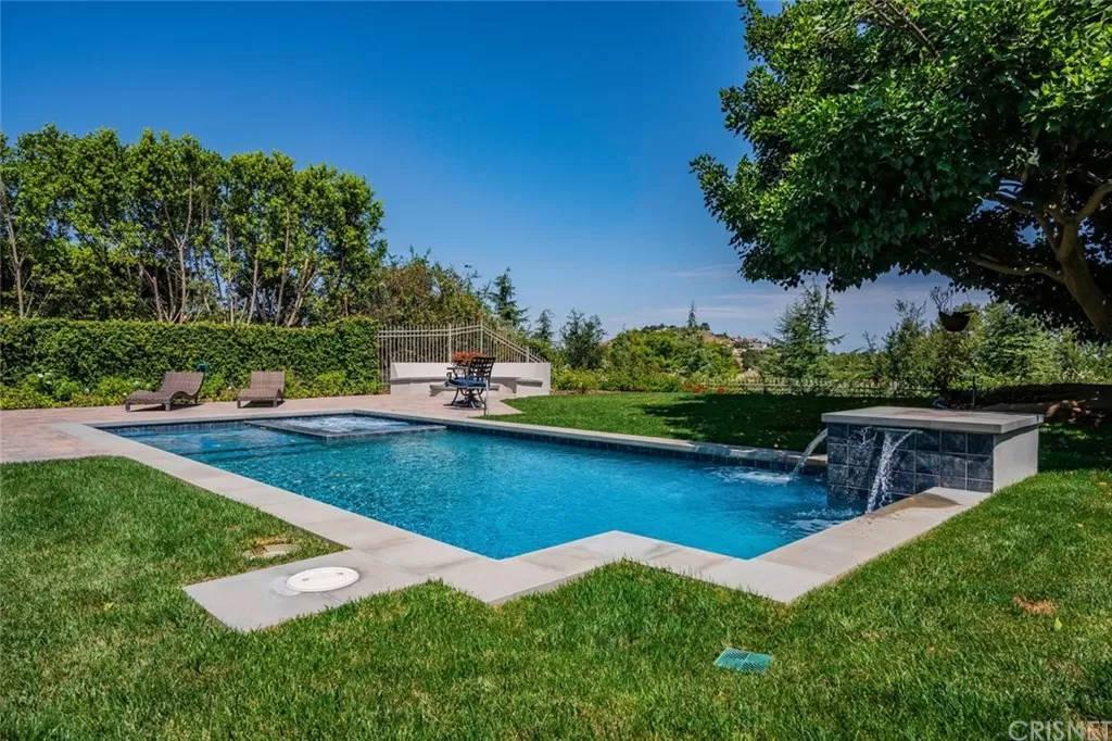In Ground Pool Two 3890 Prado Del Trigo Calabasas, CA 91302
