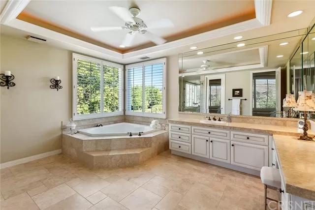 Master Bath 5374 Wellesley Dr Calabasas, CA 91302