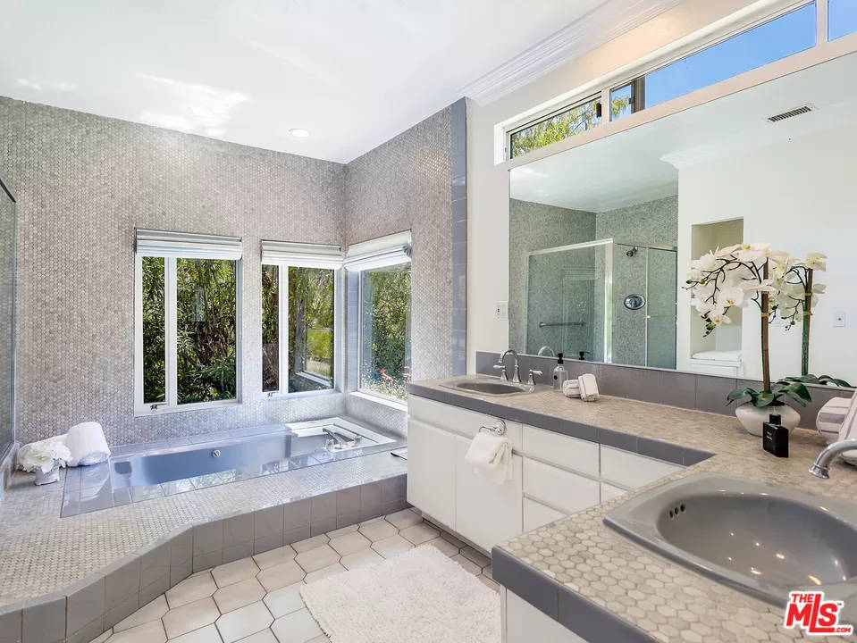Master Bathroom 2069 Cold Canyon Rd Calabasas, CA 91302