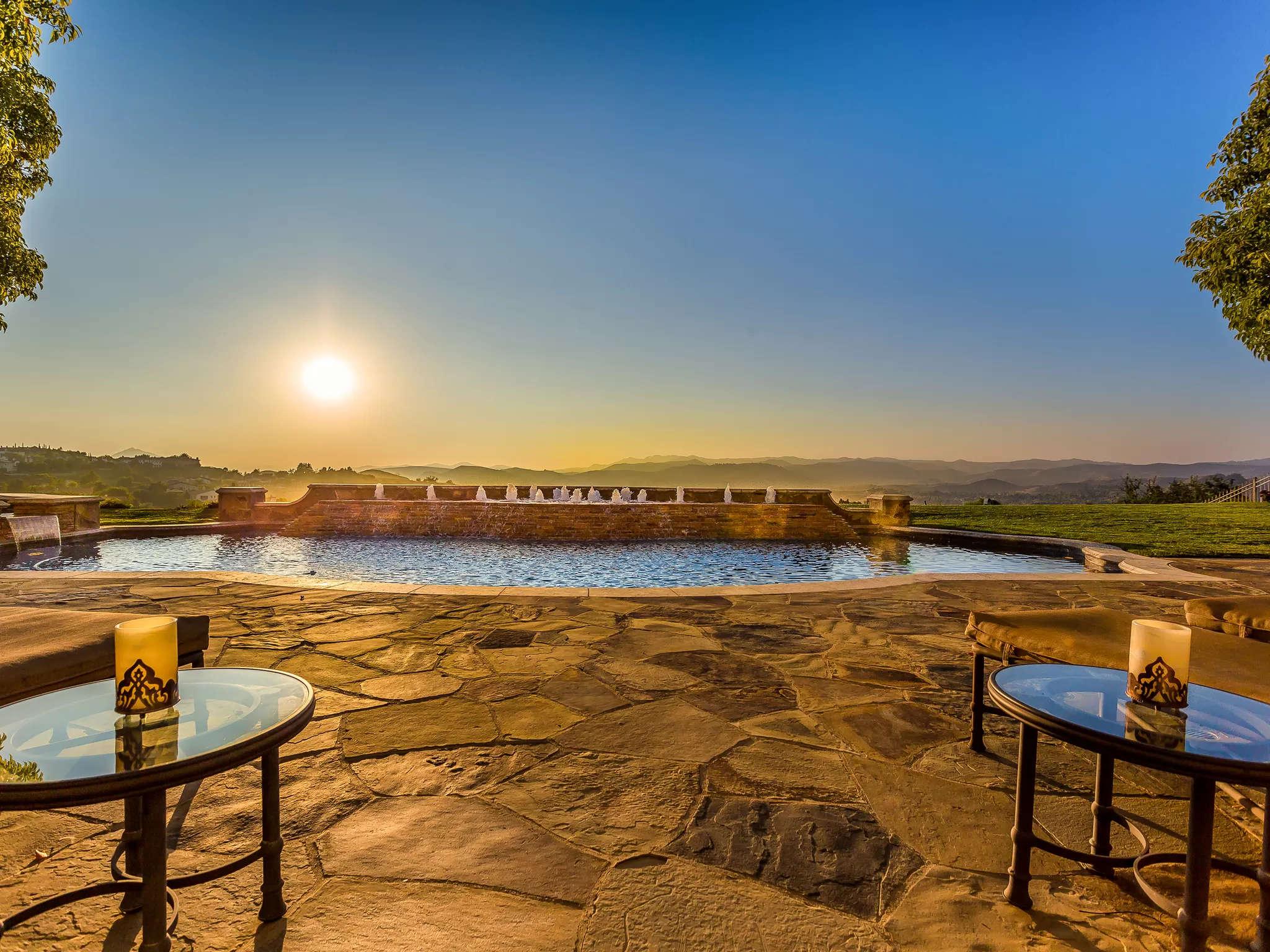Patio Pool 4189 Prado De Los Pajaros Calabasas, CA 91302